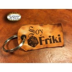 Llavero en cuero Soy Friki